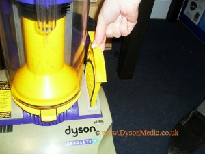 Dyson DC01 Filter Cage