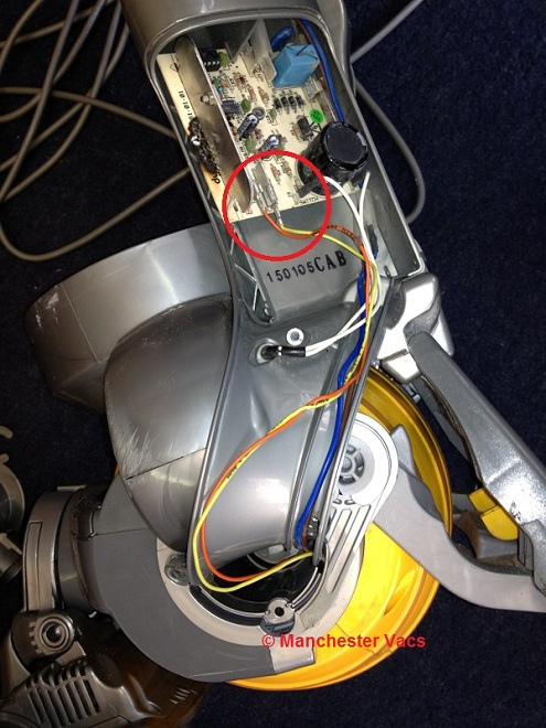Dyson DC15 motor swap 5 how to replace the motor on a dyson dc15 dyson dc04 wiring diagram at edmiracle.co